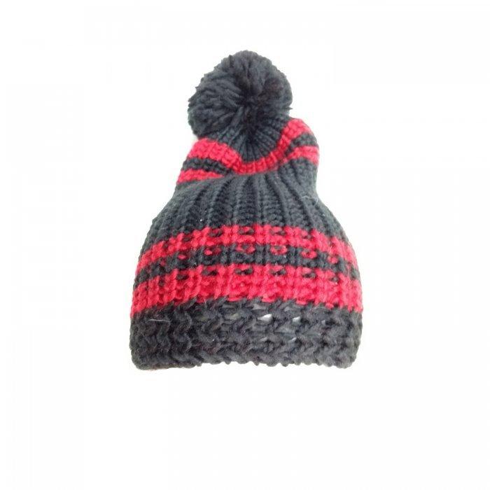 besondere Auswahl an 2020 Leistungssportbekleidung equi deluxe Winter Mütze aus weichem Strick mit Bommel, One Size, schwarz  rot